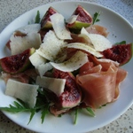 fig-and-proscuitto-salad