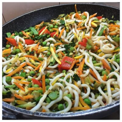 Satay vegetables with noodles
